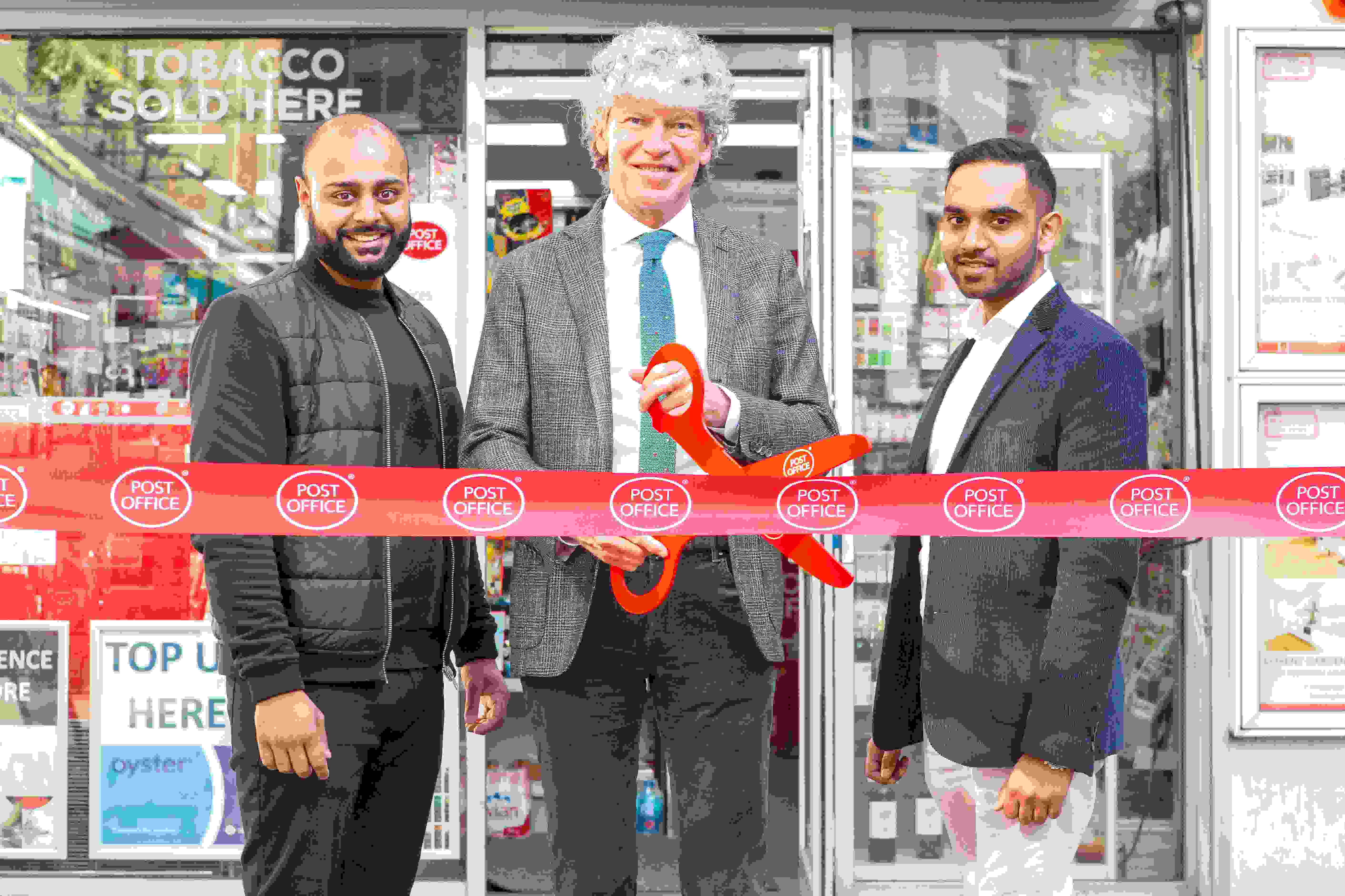 Chairman Opens Busy New London Branch